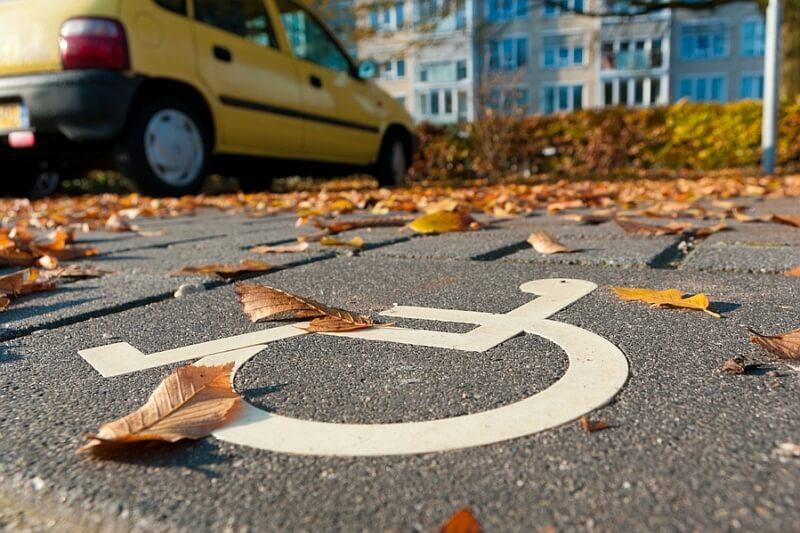 Parkowanie na miejscu dla niepełnosprawnych - punkty karne